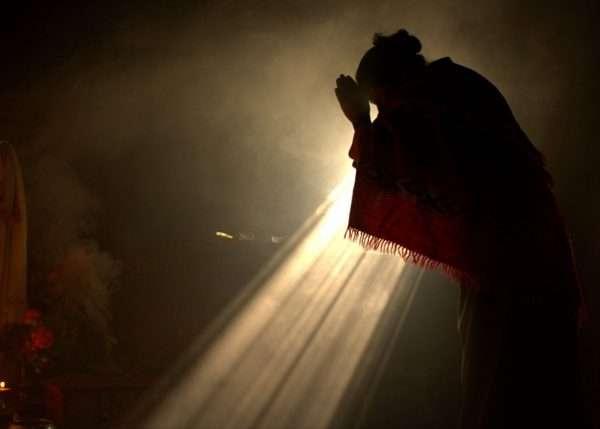 luz_divina_mulher